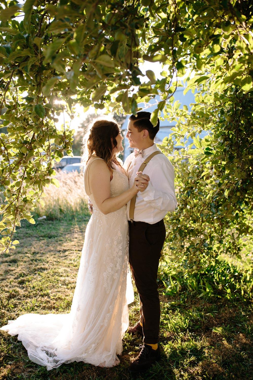 summer+oregon+wedding+openfield+farm-67.jpg
