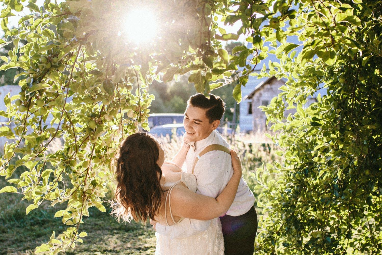 summer+oregon+wedding+openfield+farm-71.jpg