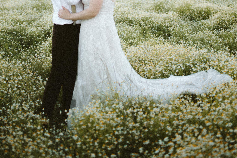 summer+oregon+wedding+openfield+farm-82.jpg
