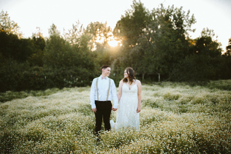 summer+oregon+wedding+openfield+farm-92.jpg