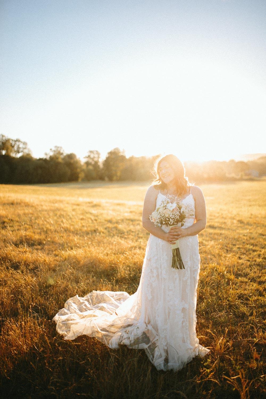 summer+oregon+wedding+openfield+farm-96.jpg