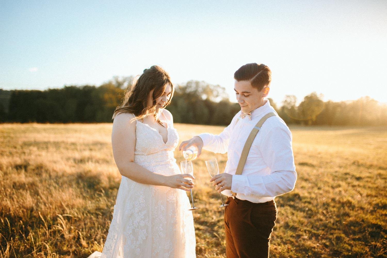 summer+oregon+wedding+openfield+farm-102.jpg