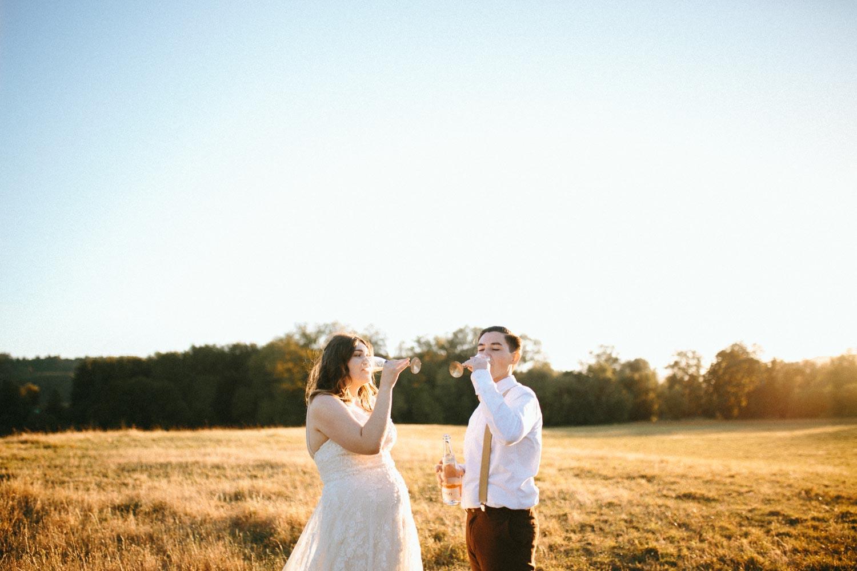 summer+oregon+wedding+openfield+farm-108.jpg