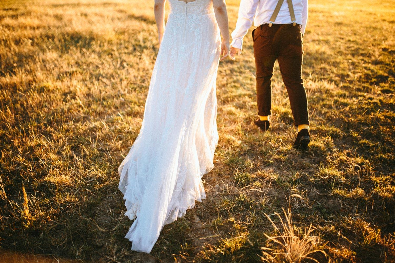 summer+oregon+wedding+openfield+farm-123.jpg