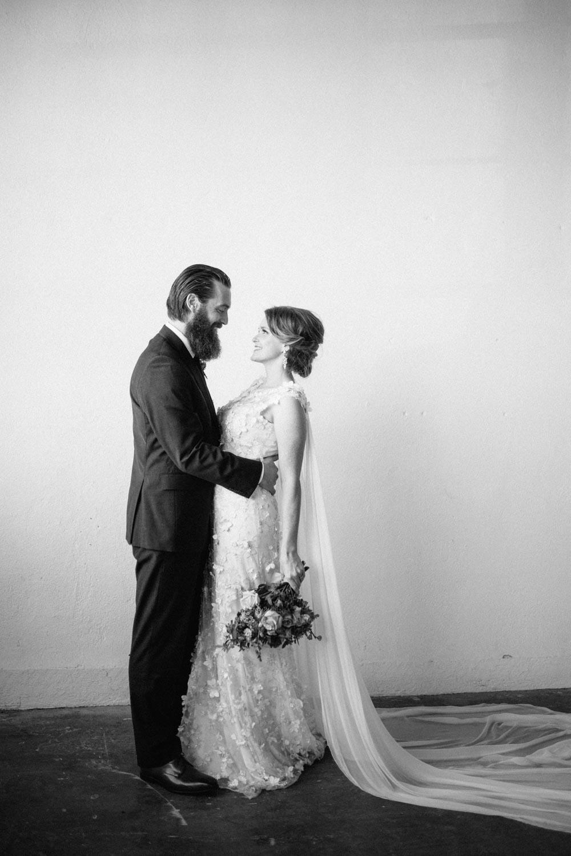 industrial+wedding+mcminnville+oregon+styled-7.jpg