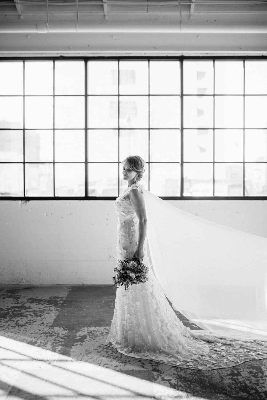 industrial+wedding+mcminnville+oregon+styled-16.jpg