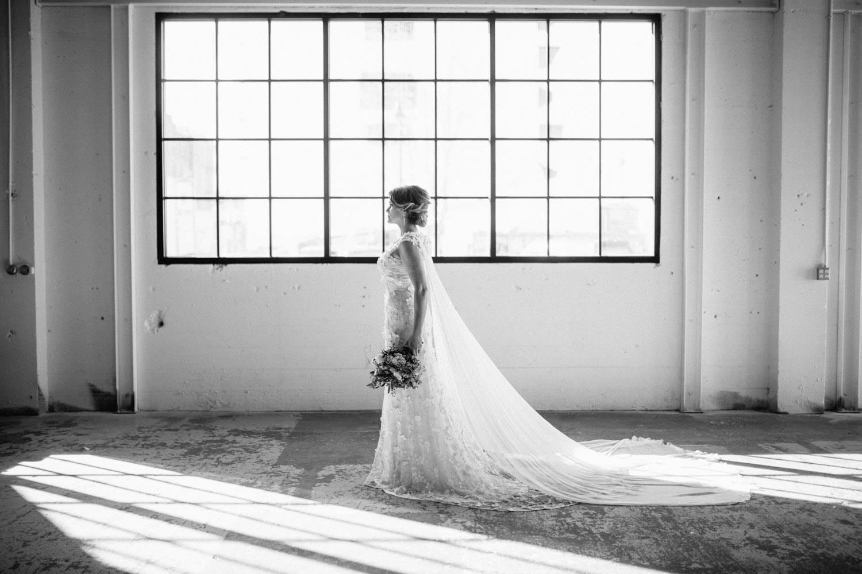 industrial+wedding+mcminnville+oregon+styled-17.jpg
