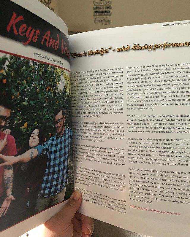 In April's issue of Jamsphere Magazine! Got my hardcopy of the issue - feels hella good to hold 🥰🤓 #jamspheremagazine #keysandvices #albumreview #chronicnostalgia #hardworkpaysoff #magazine #feelsgood