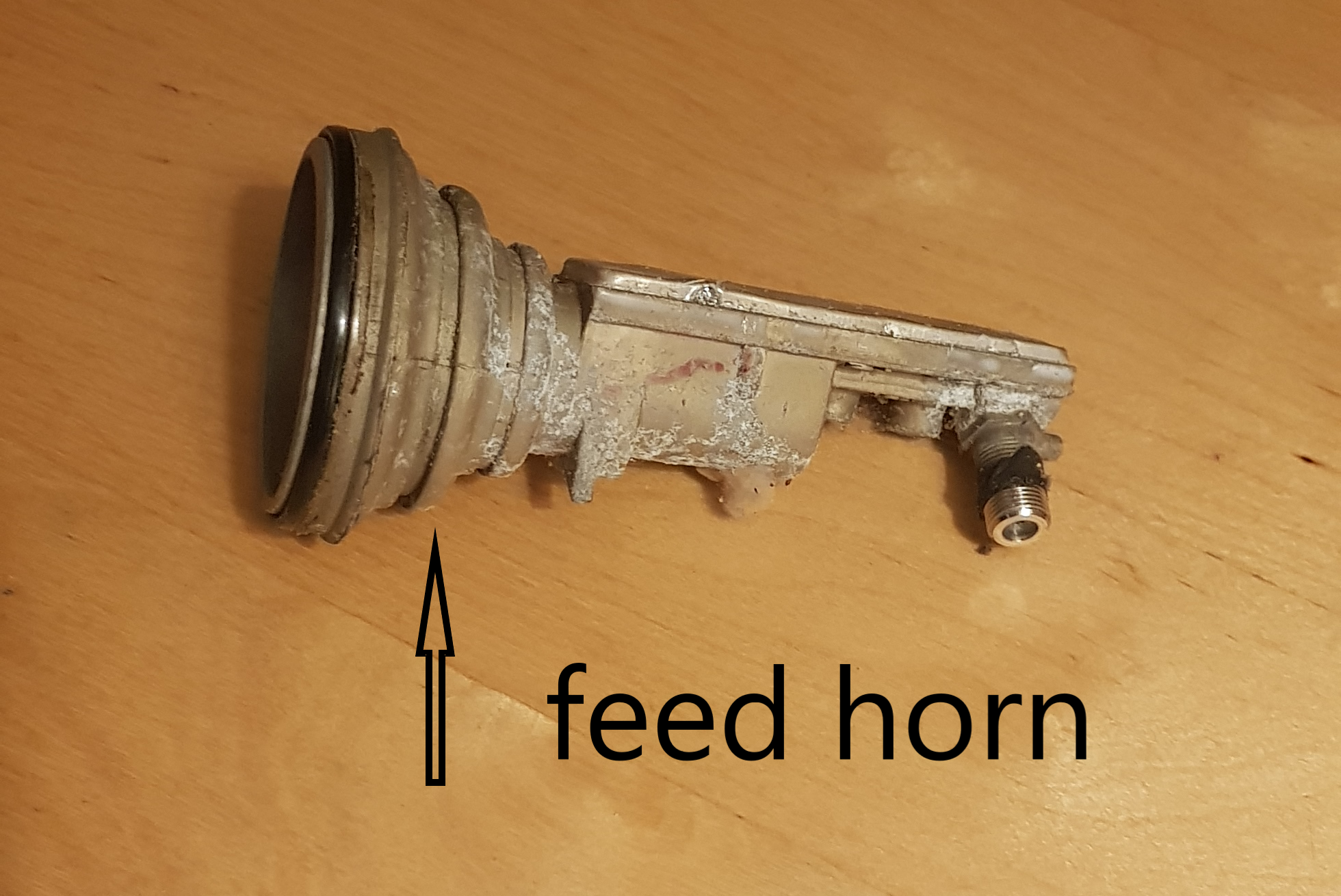 feed horn profile.png
