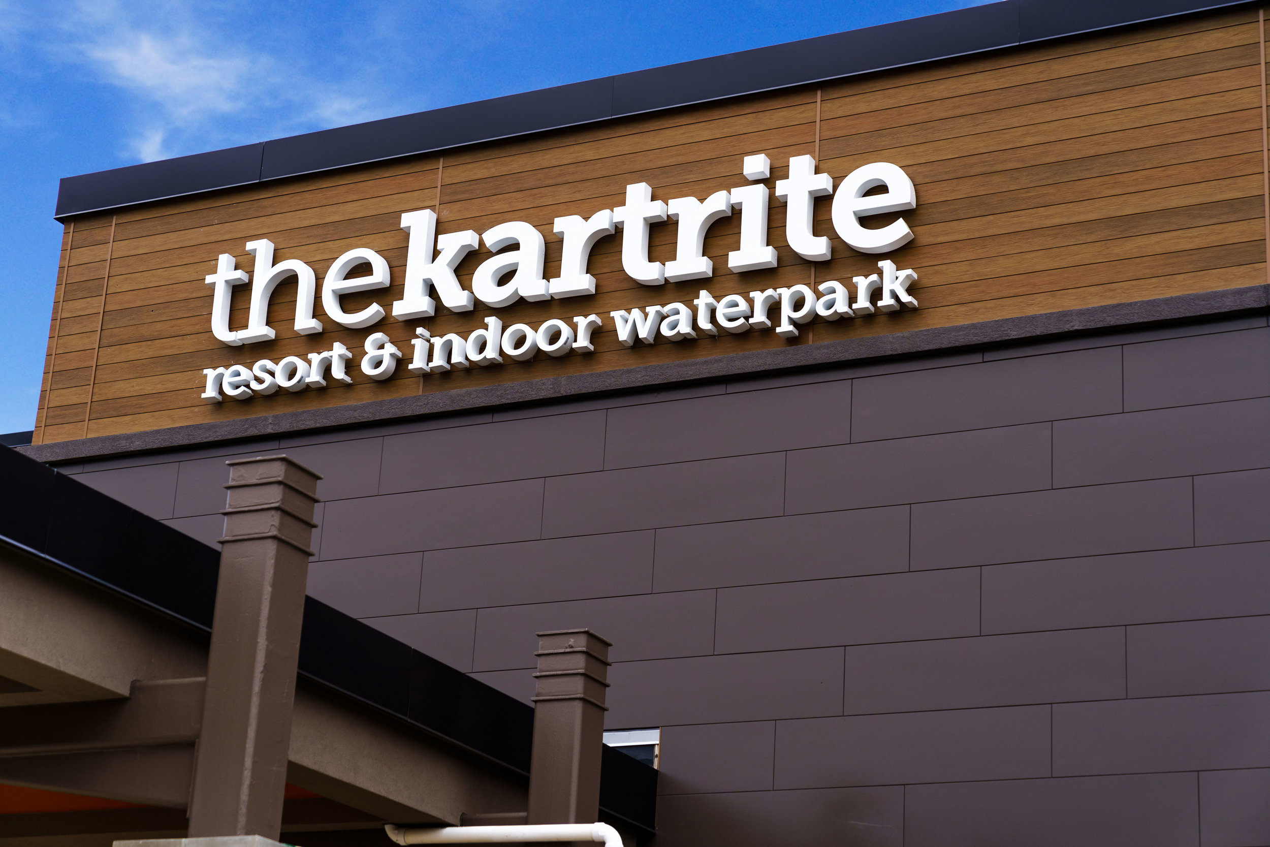 The Kartrite   The largest indoor waterpark in New York   Check it out