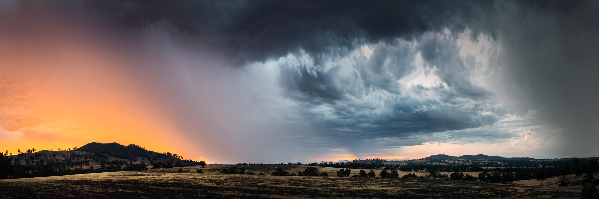 22 image panorama of a passing storm near Maldon, Victoria