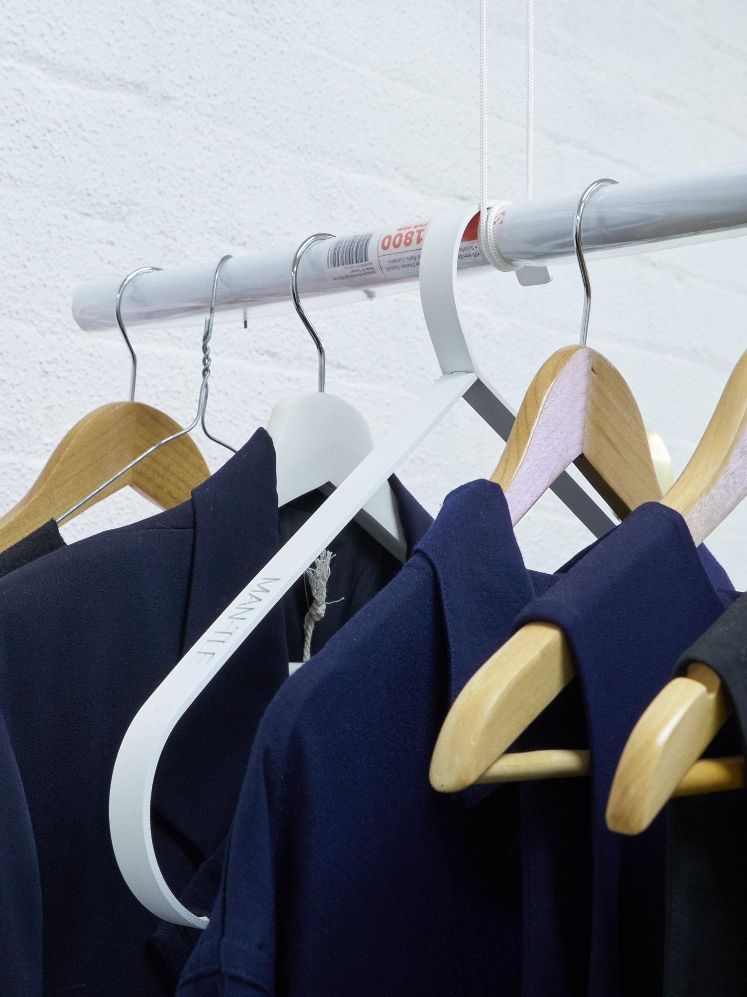 20190408_A flat shop [hangers exhibition install]_DSC09738.jpg
