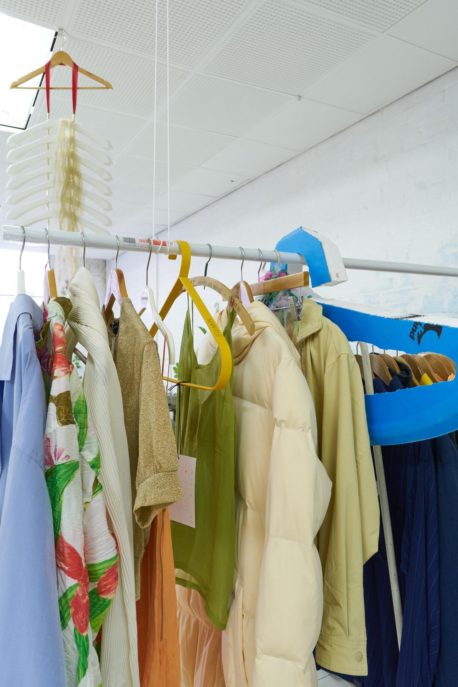 A flat shop_hangers install_19.jpg