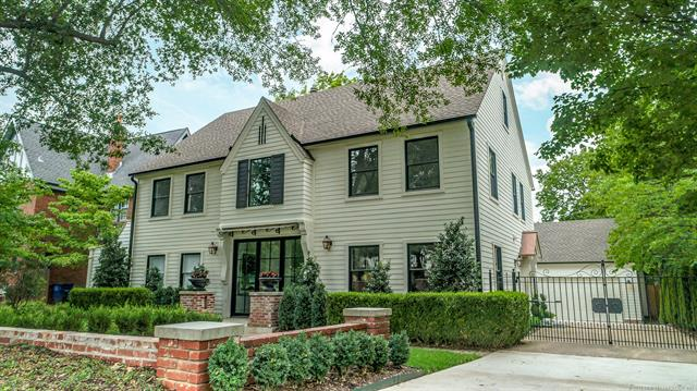 2422 S St Louis Avenue Tulsa, OK - $1,049,000