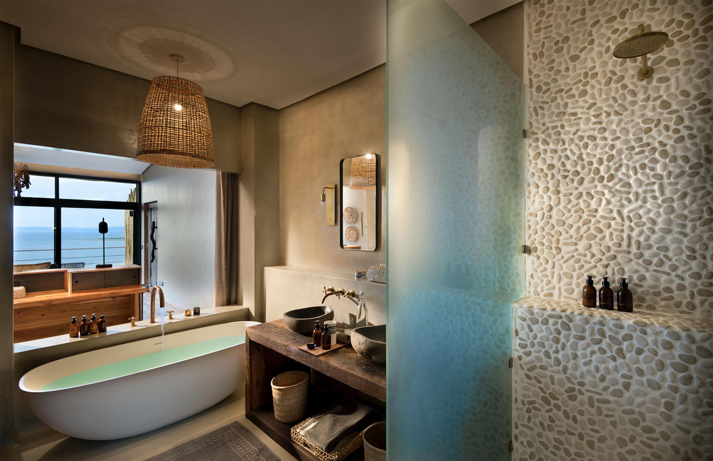 Bumi - Bathroom.jpg