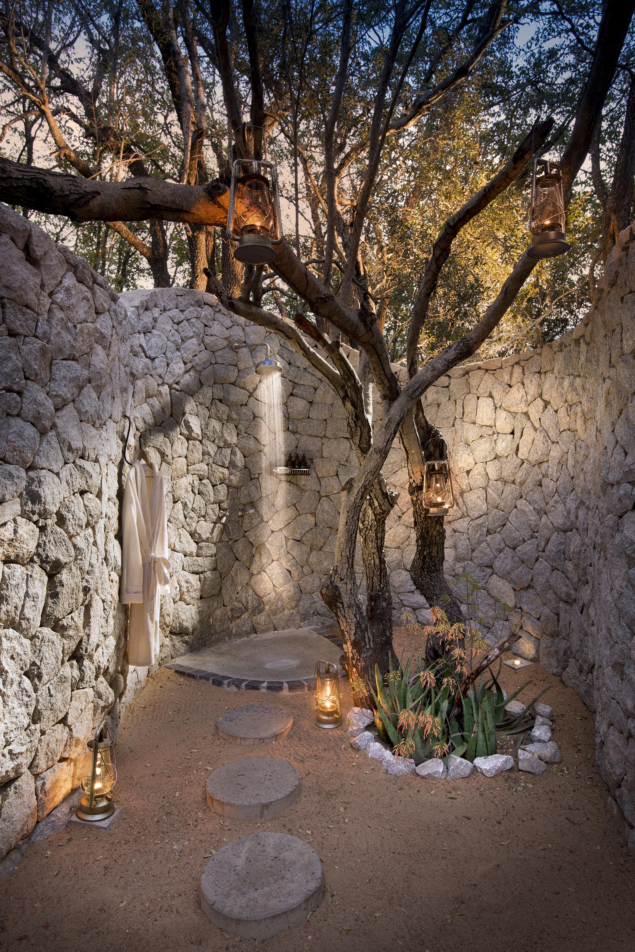 andBeyond-Ngala-Safari-lodge-Family-Cottage-Outdoor-Shower.jpg