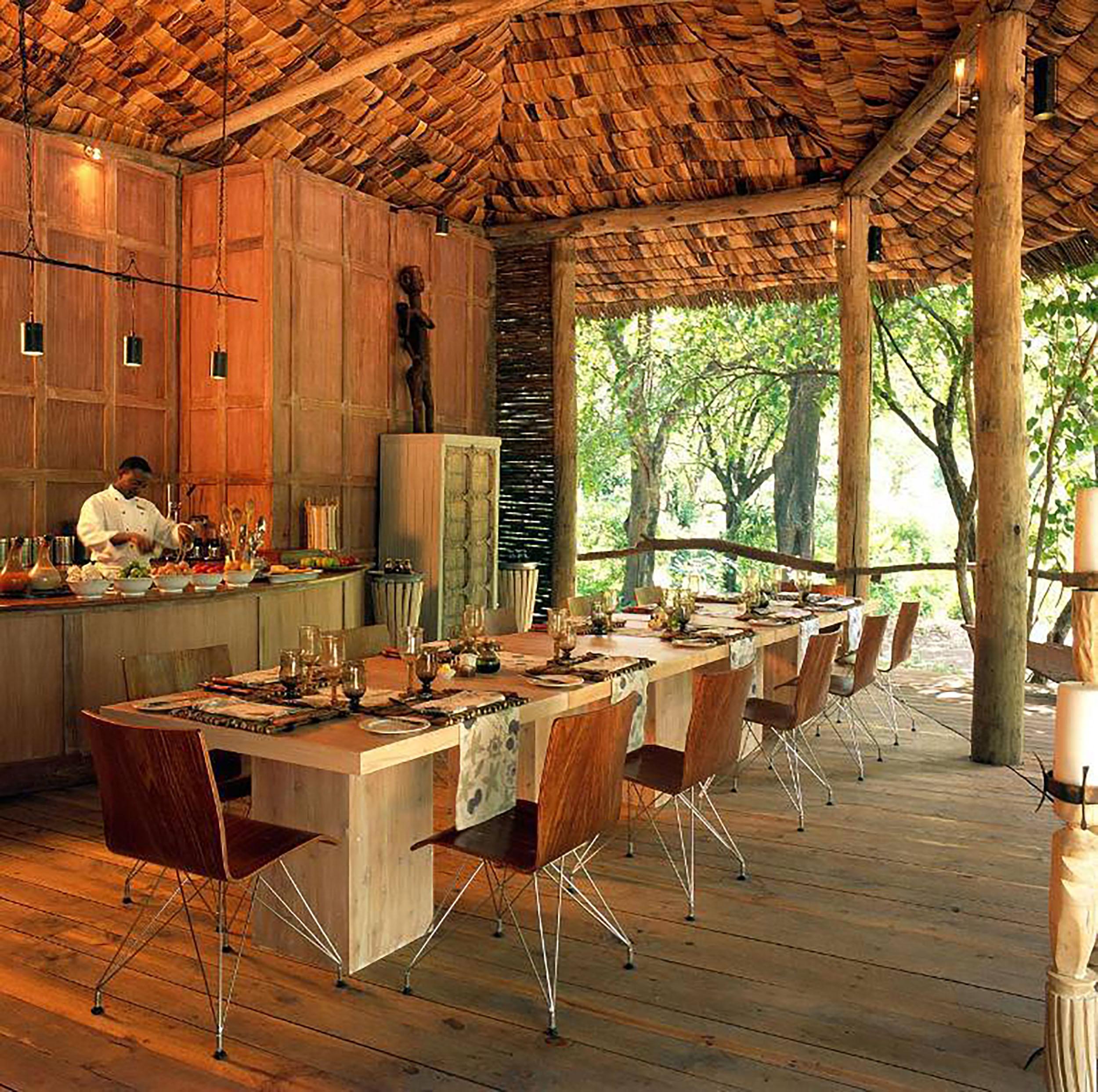 Lake Manyara - Dining room.jpg