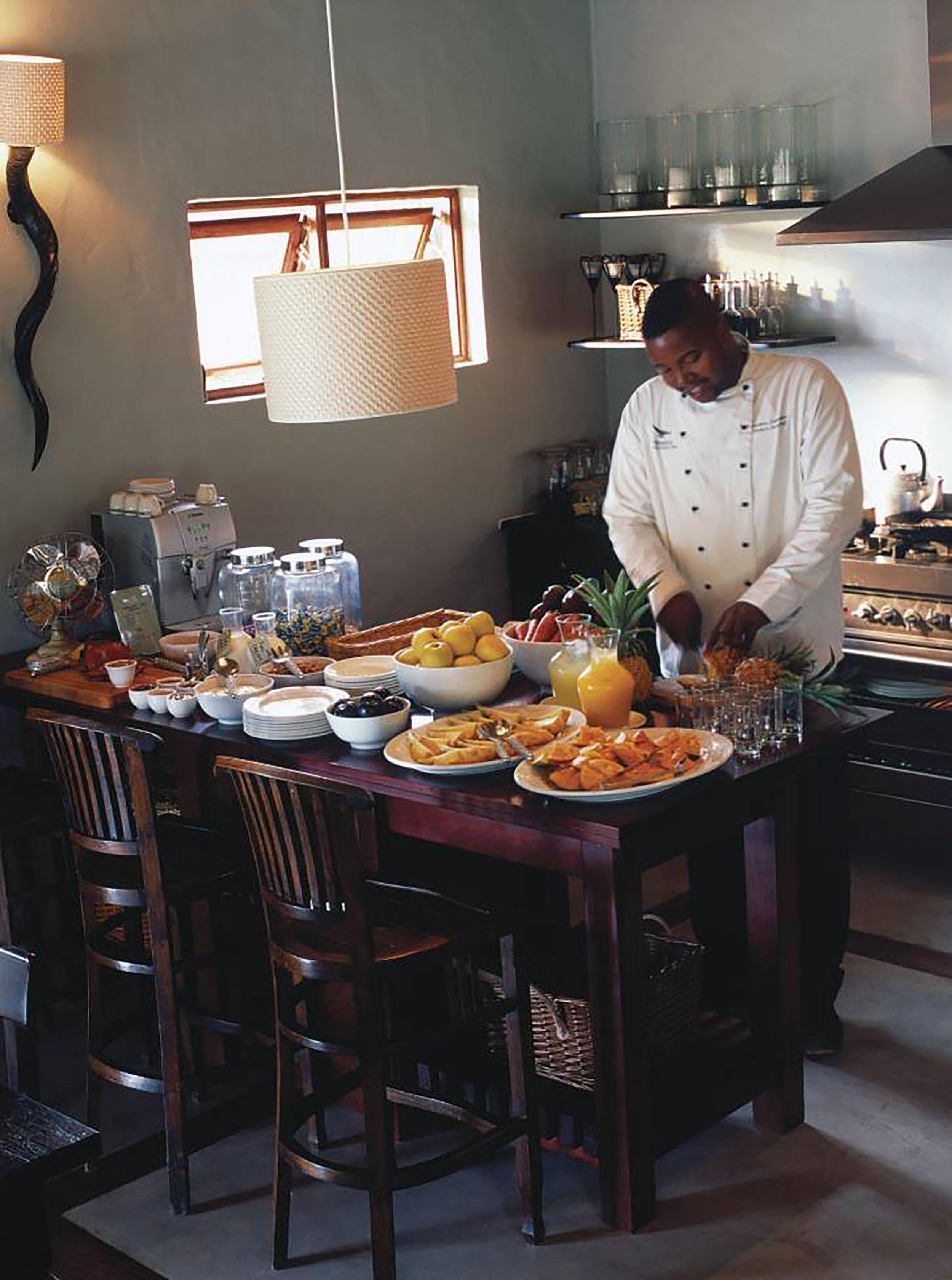 Phinda - Zuka - kitchen.jpg