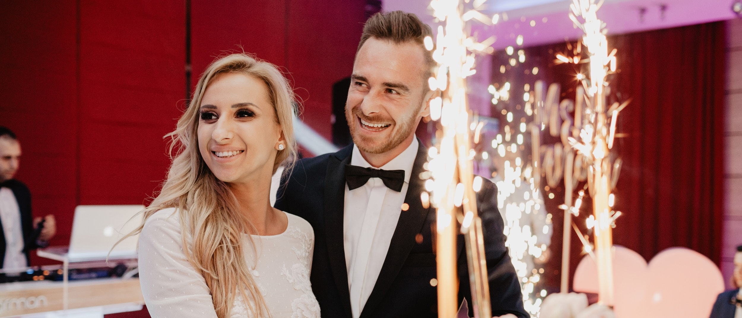 ANETA & MICHAL Wedding story - This time, not only about wedding, but also about family. Meet Aneta, Michał and their little wonderful Kacper, who makes everyone smile and makes such sincere emotions that it is difficult to describe in words.