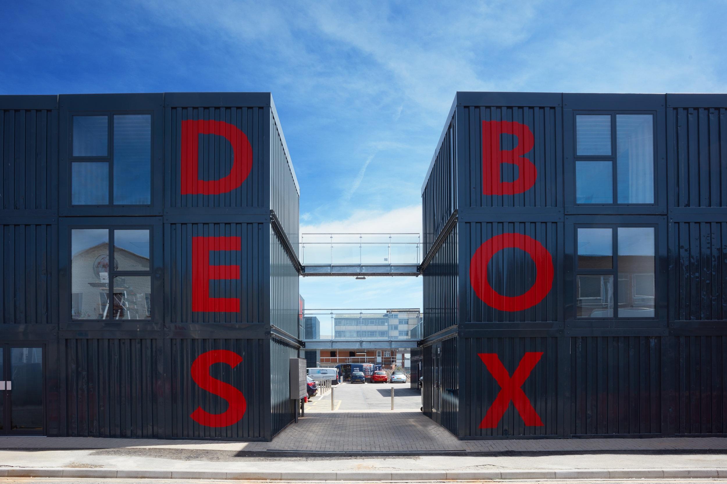 Urban Space - Desbox - 002.jpg