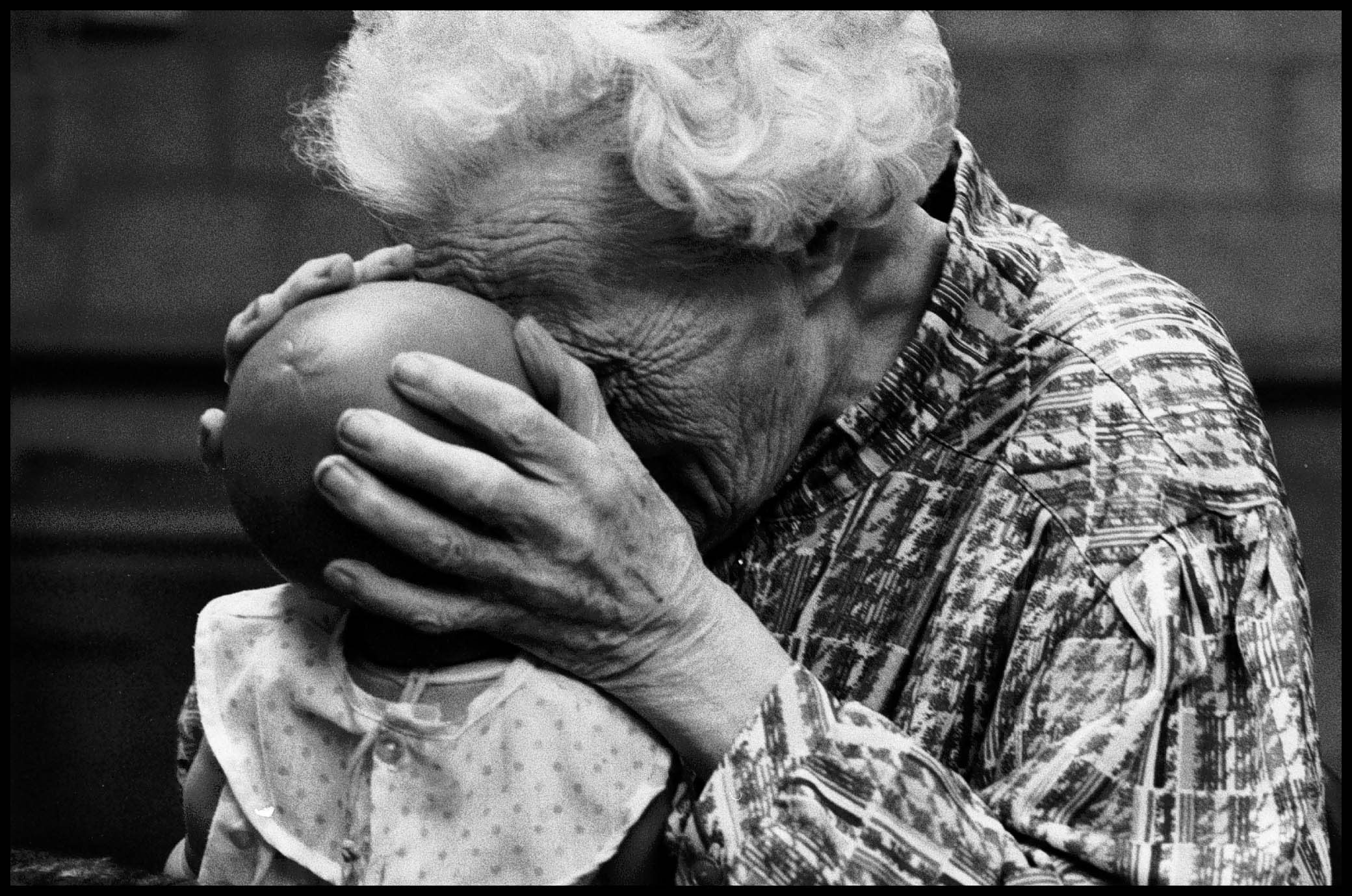 Demente bejaarde in verzorgingstehuis 'Breede Vliet' in Rotterdam. (De Volkskrant, 1993)