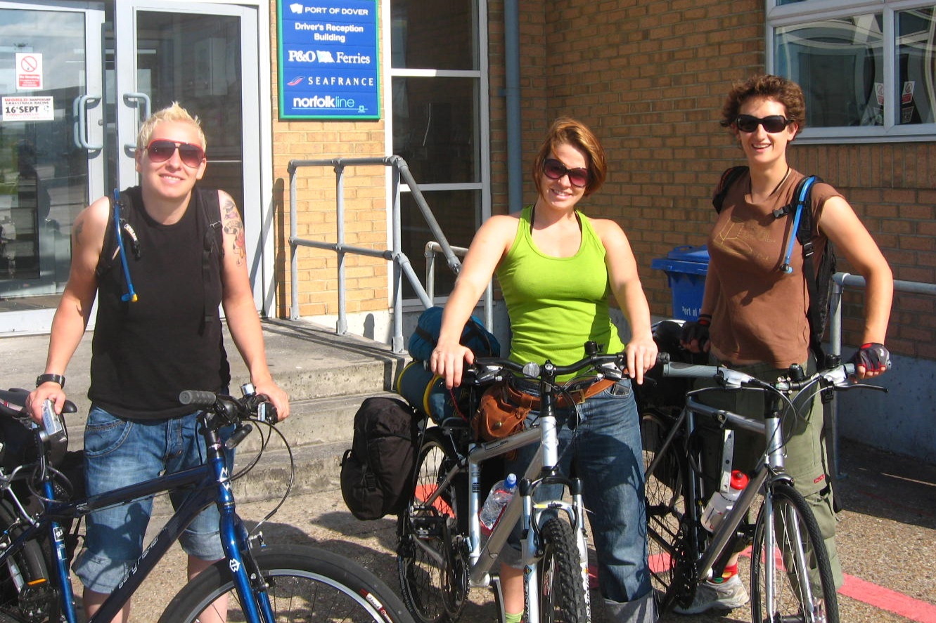 We were born ready for this cycle tour. Look at our clothing - Jeans! Not recommended cycle wear.
