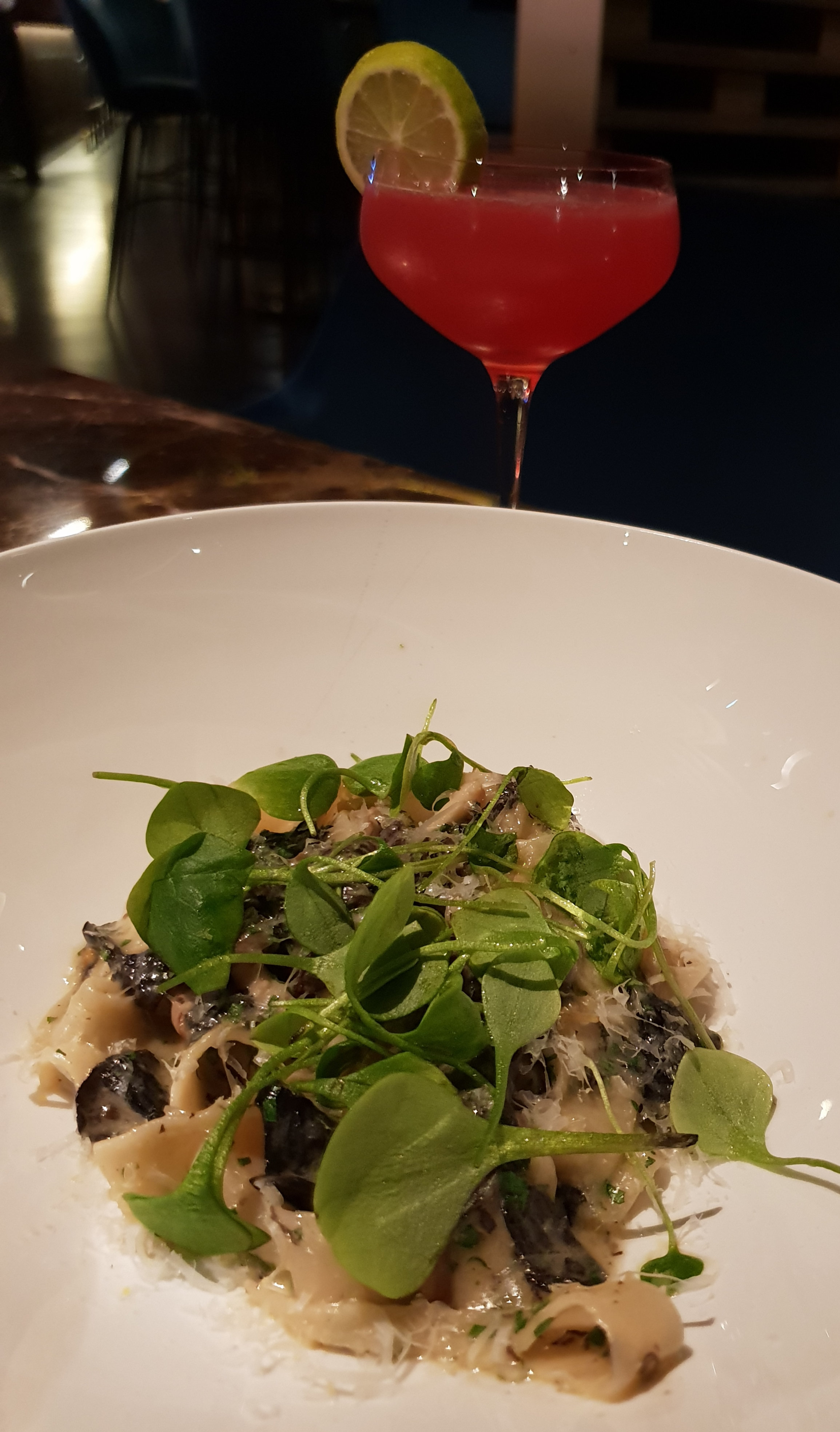 Hand-made pasta with butter sauce, mushrooms with a touch of truffle