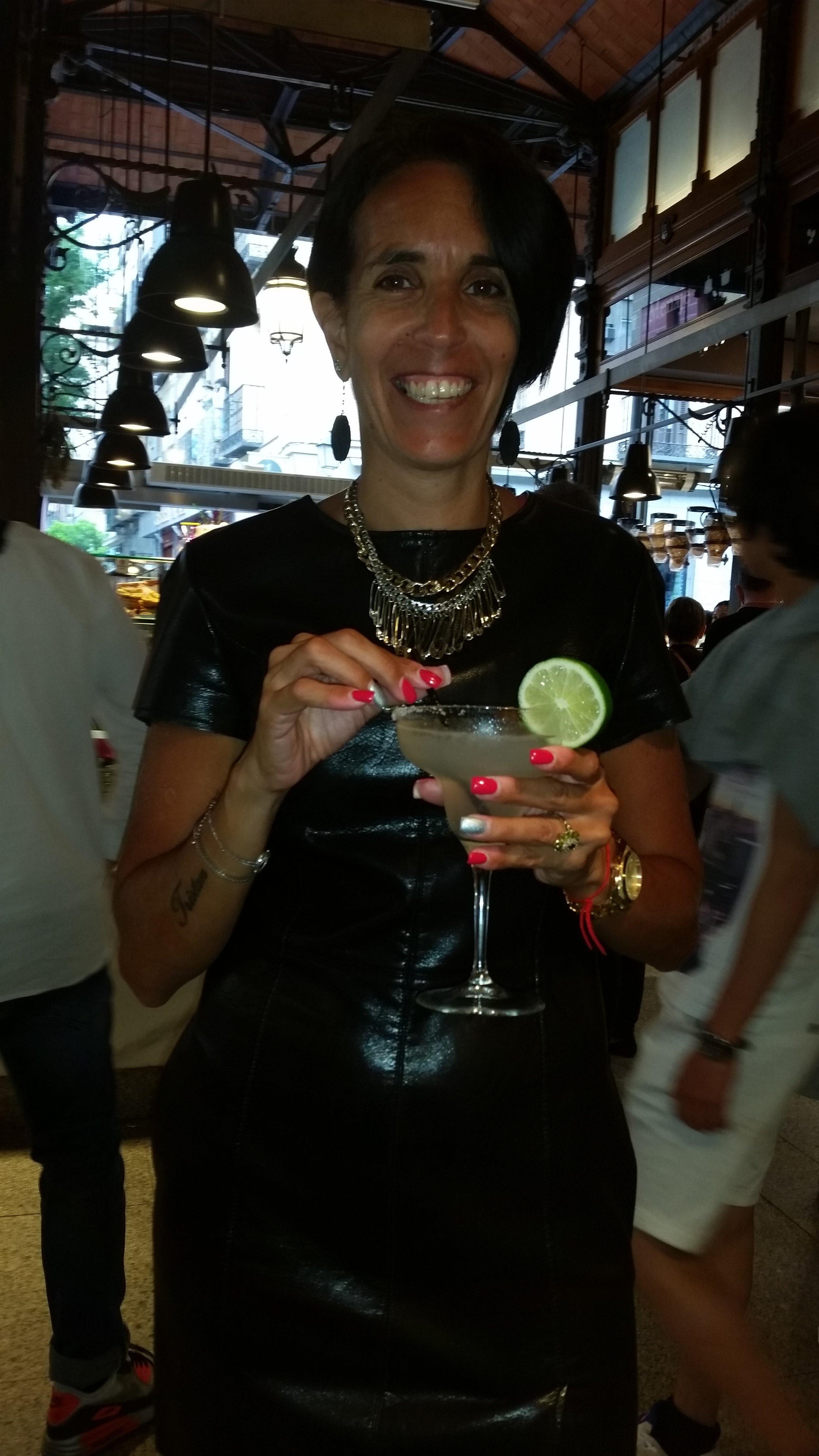 Enjoying cocktails and tapas in Mercado San Miguel
