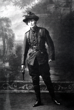 """The Rebel Countess"", Constance Markievicz, gun in hand."