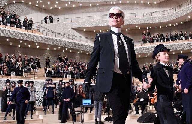 Karl Lagerfeld and Hudson Kroenig on the catwalk Chanel Metiers d'Art Collection fashion show, Runway, Elbphilharmonie, Hamburg, Germany - 06 Dec 2017. Giovanni Giannoni/WWD