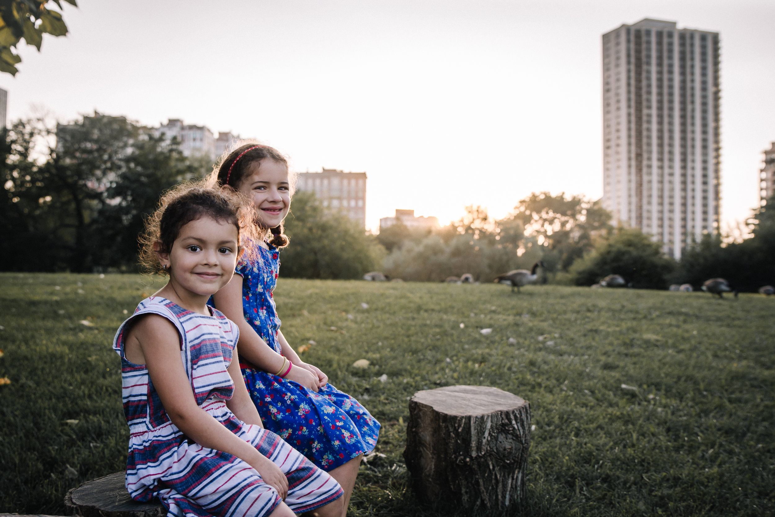 sisters at sunset. Alicia Mayorca Photography | Chicago Couple + Maternity + Family Photographer.jpg