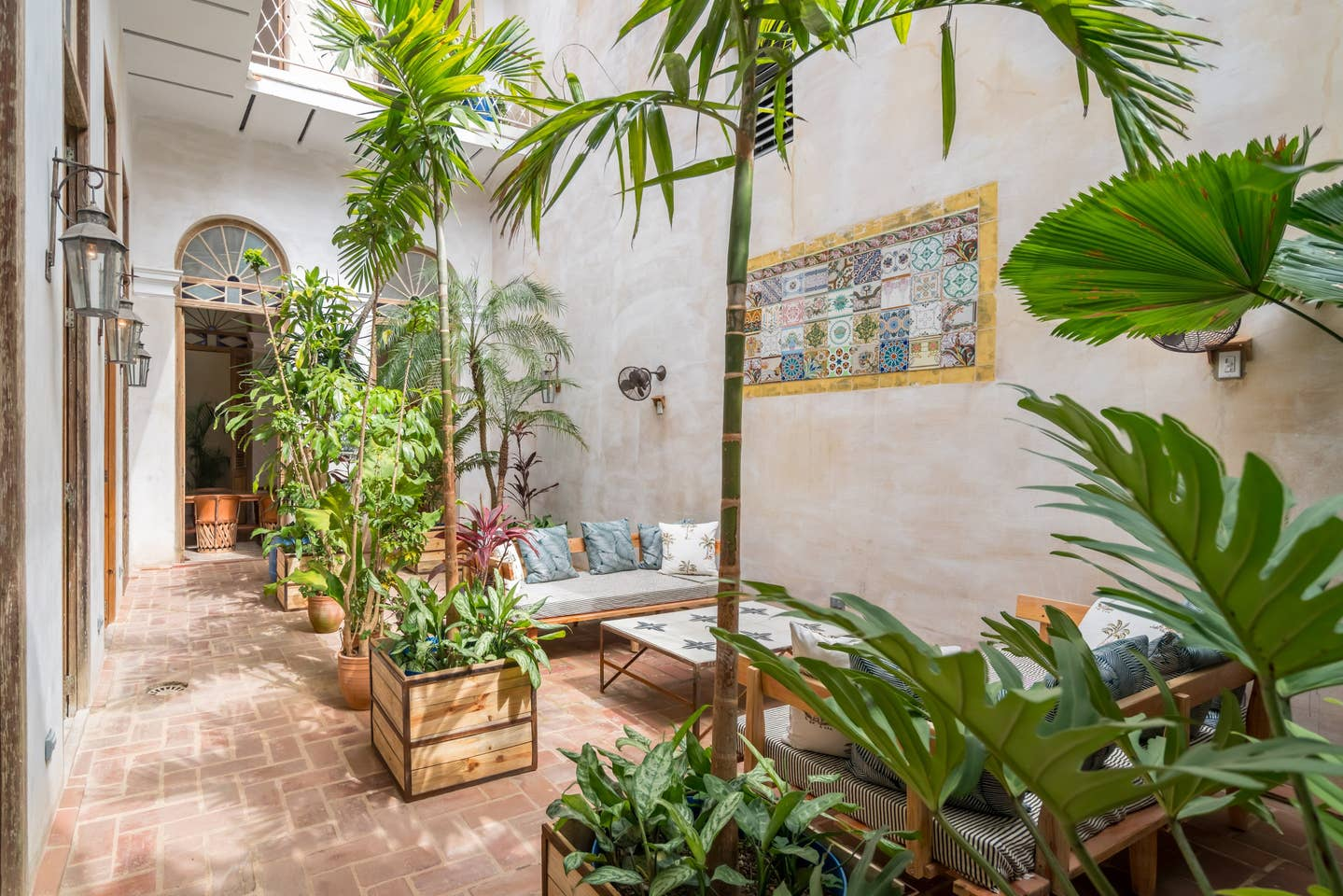 airbnb 13.jpg