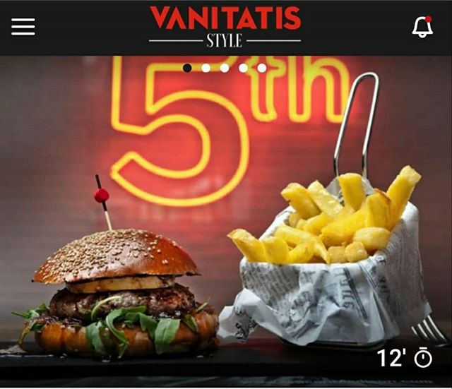 ¡Hoy comemos y cenamos hamburguesa!🍔 Gracias a @vanitatis por recomendarnos como uno de los sitios top ten de los #restaurantes de madrid donde tomarse una auténtica hamburguesa.  @lamartinesabocados es uno de los garitos de Madrid en los que,  por fin,  podrás probar la hamburguesa que arrasa en Instagram,  la Beyond Burguer,  el producto estrella de Beyond Meat,  que presume de ser muy parecida a la carne animal.  Las otras hamburguesas que se sirven en este restaurante son de vaca gallega o de secreto de cerdo. Todas hechas en horno de brasa de carbón🔥 ¿Te animas a probar esta experiencia? 👇 🎯C/Serrano 224, Madrid 📞914 21 06 86 #experiencias #hamburguesas #beyondmeat #foodiesmadrid #restaurantesmadrid #lovequotes #restaurantes #style #chips #terrazasconencanto #burgers #cheese #friends #people #pic #foodieplans #magazine #sabores #instagood #deli #awesome #meatlover #influencer