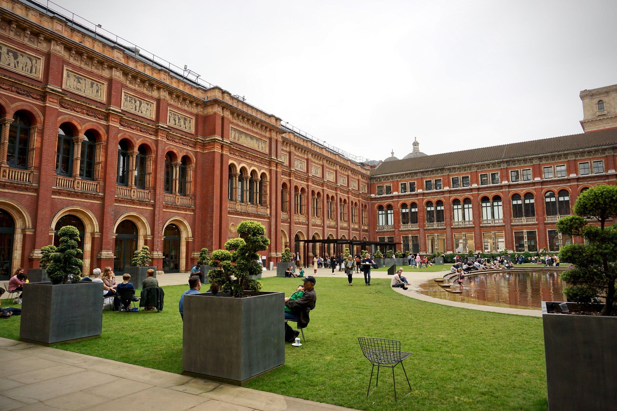 Courtyard of the Victoria & Albert Museum