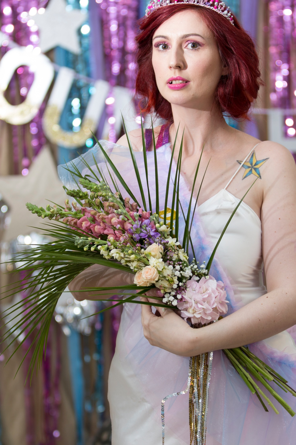 Bohotanical alternative modern wedding flowers 00003.jpg