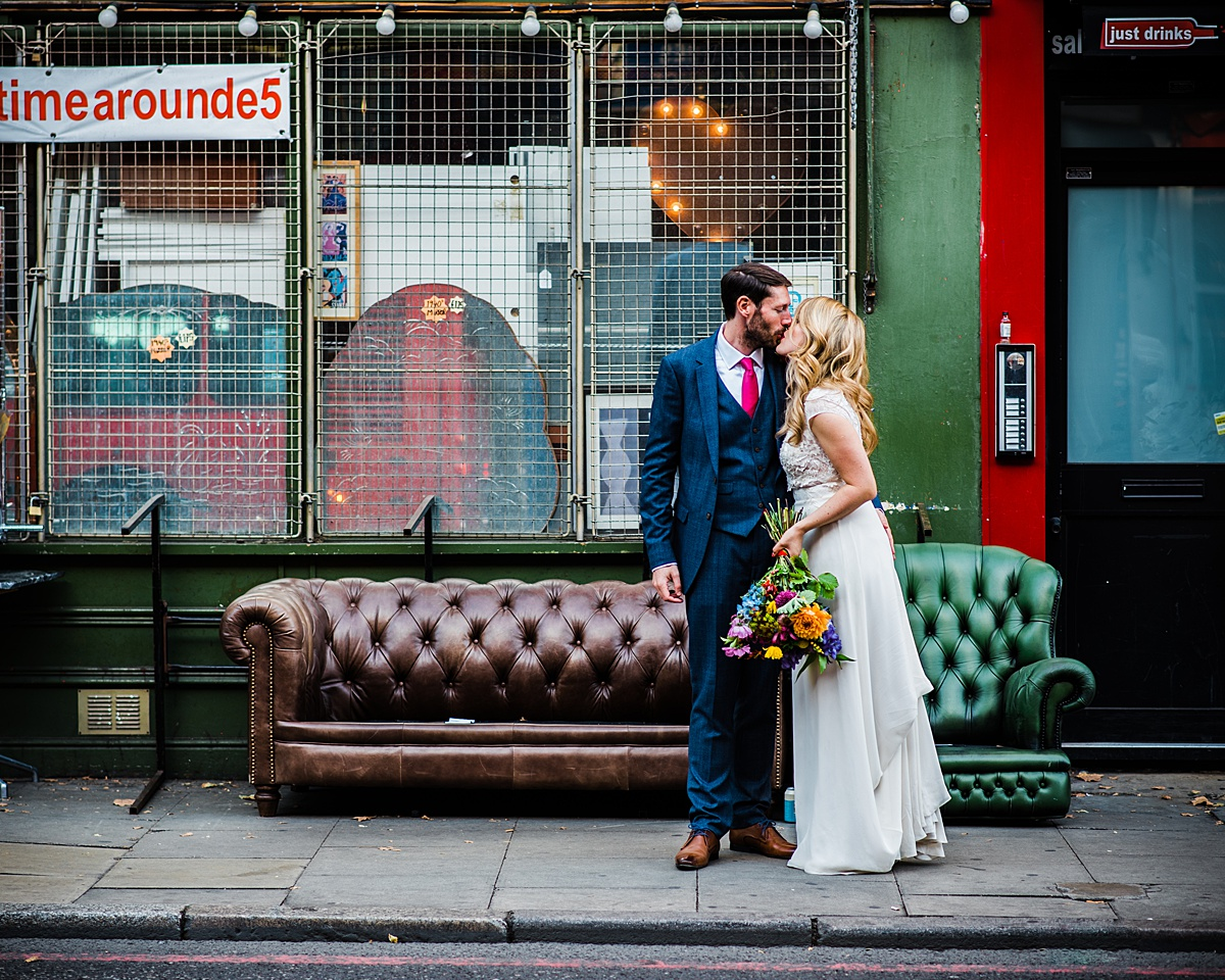 Hackney wedding photographer parrot & pineapple_0184.jpg