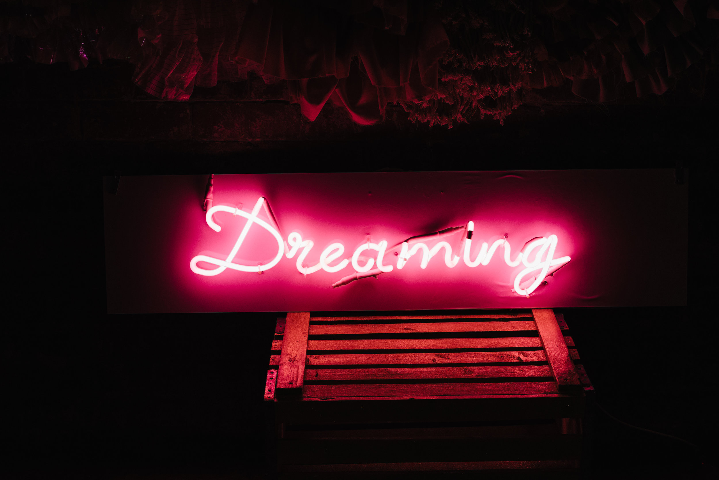 Modern Wedding Inspiration Shoot in Glasgow Brewery With a Frill Installation, Candy Floss and Neon 00268.jpg