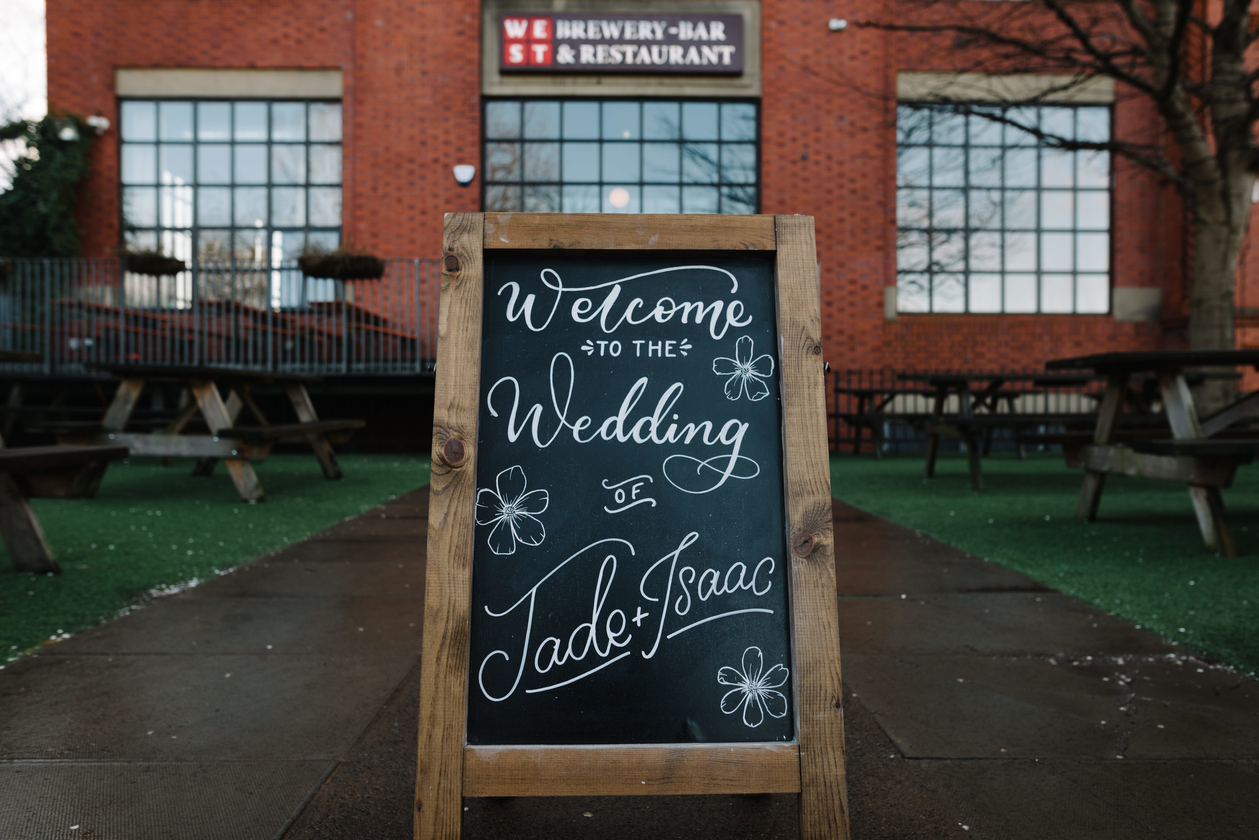 Modern Wedding Inspiration Shoot in Glasgow Brewery With a Frill Installation, Candy Floss and Neon 00099.jpg