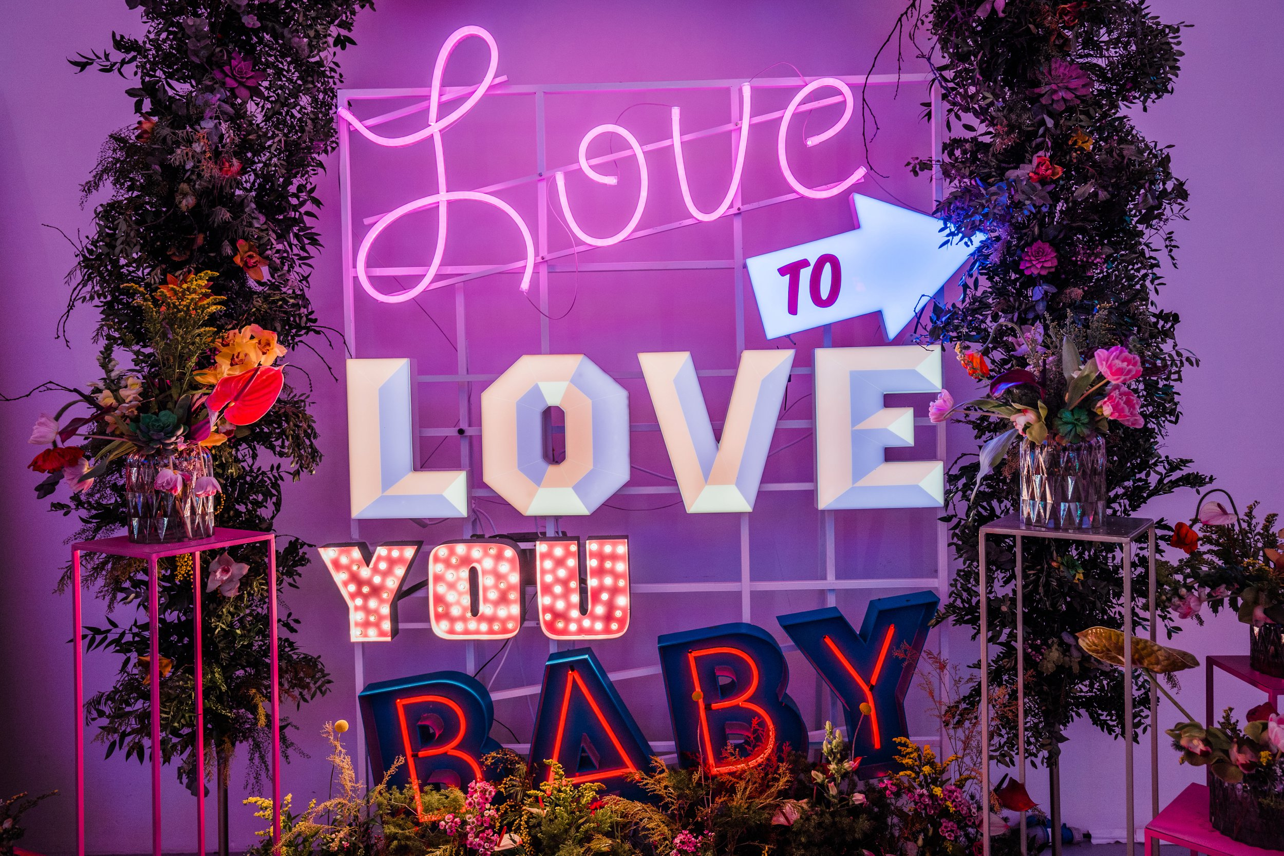 THAT  Vowed & Amazed  Love to Love You Baby neon
