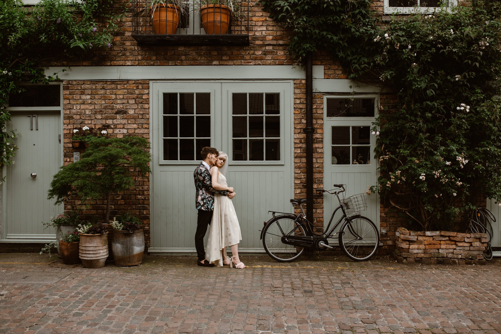 Modern Floral Notting Hill Elopement Agnes Black Cool Bride London 00043.jpg