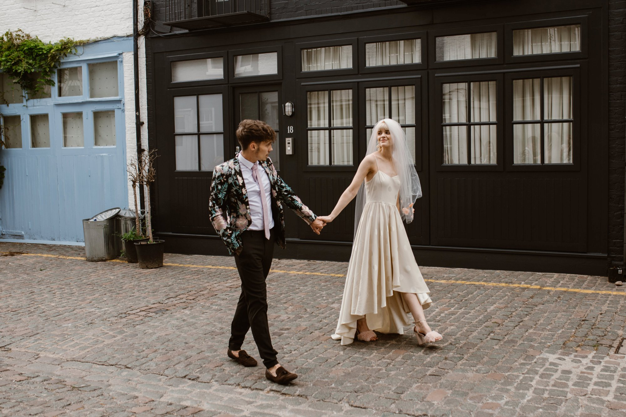 Modern Floral Notting Hill Elopement Agnes Black Cool Bride London 00042.jpg