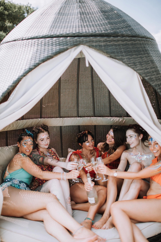 Luna Glitter Bar Wedding Glitter Festival Brides 00031.jpg