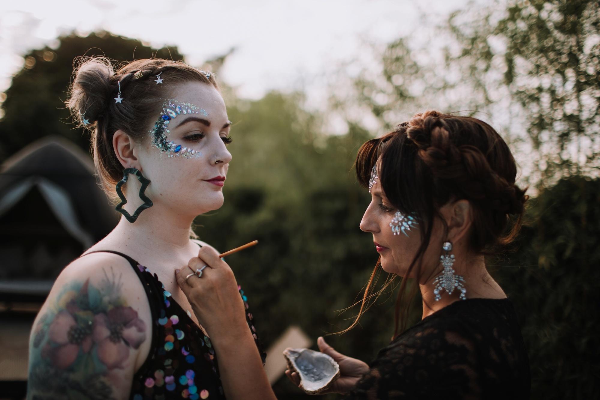Luna Glitter Bar Wedding Glitter Festival Brides 00037.jpg