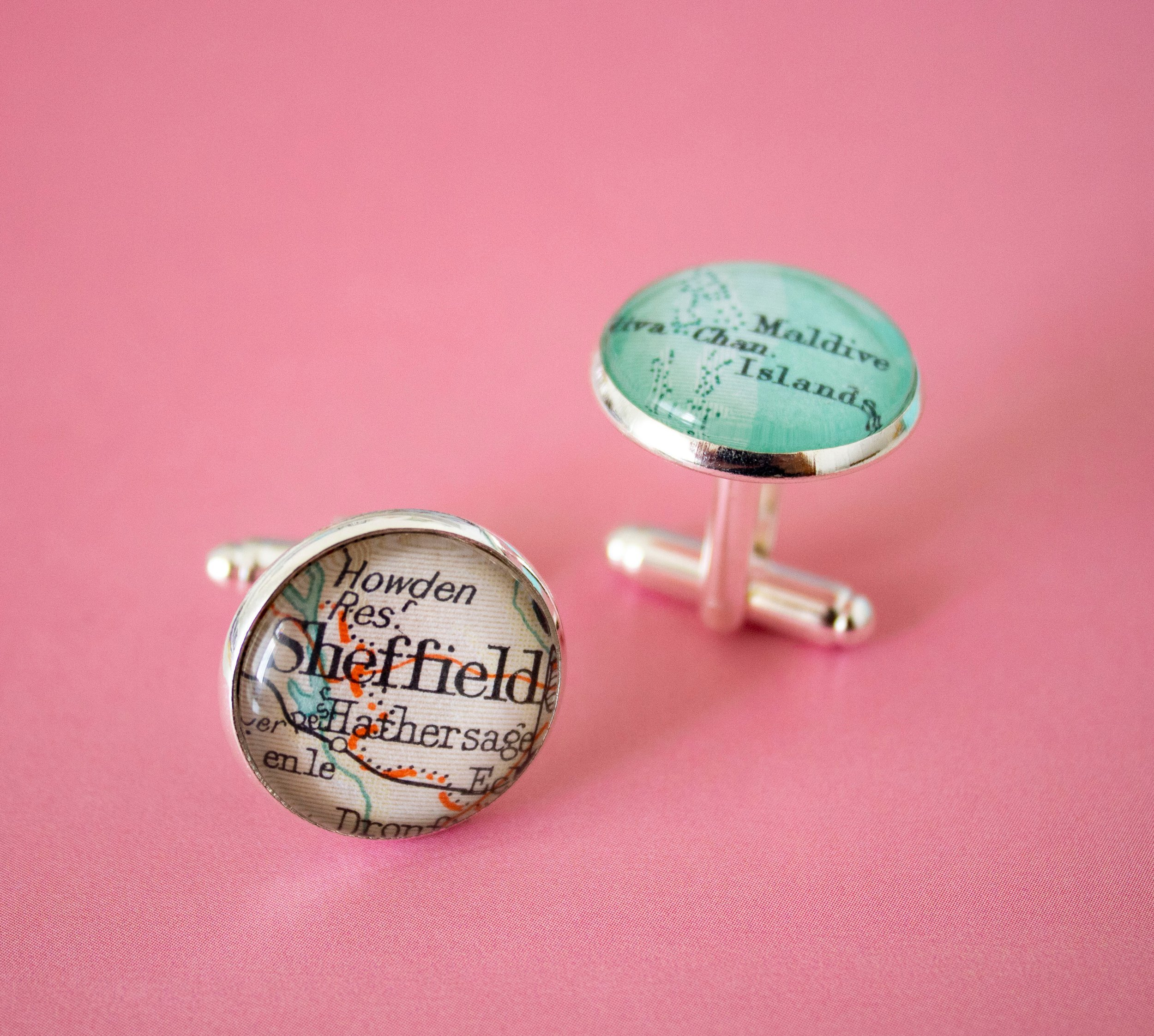 The Token Hunter Travel Charms and Souvenirs Wedding Favours Gifts 00006.JPG