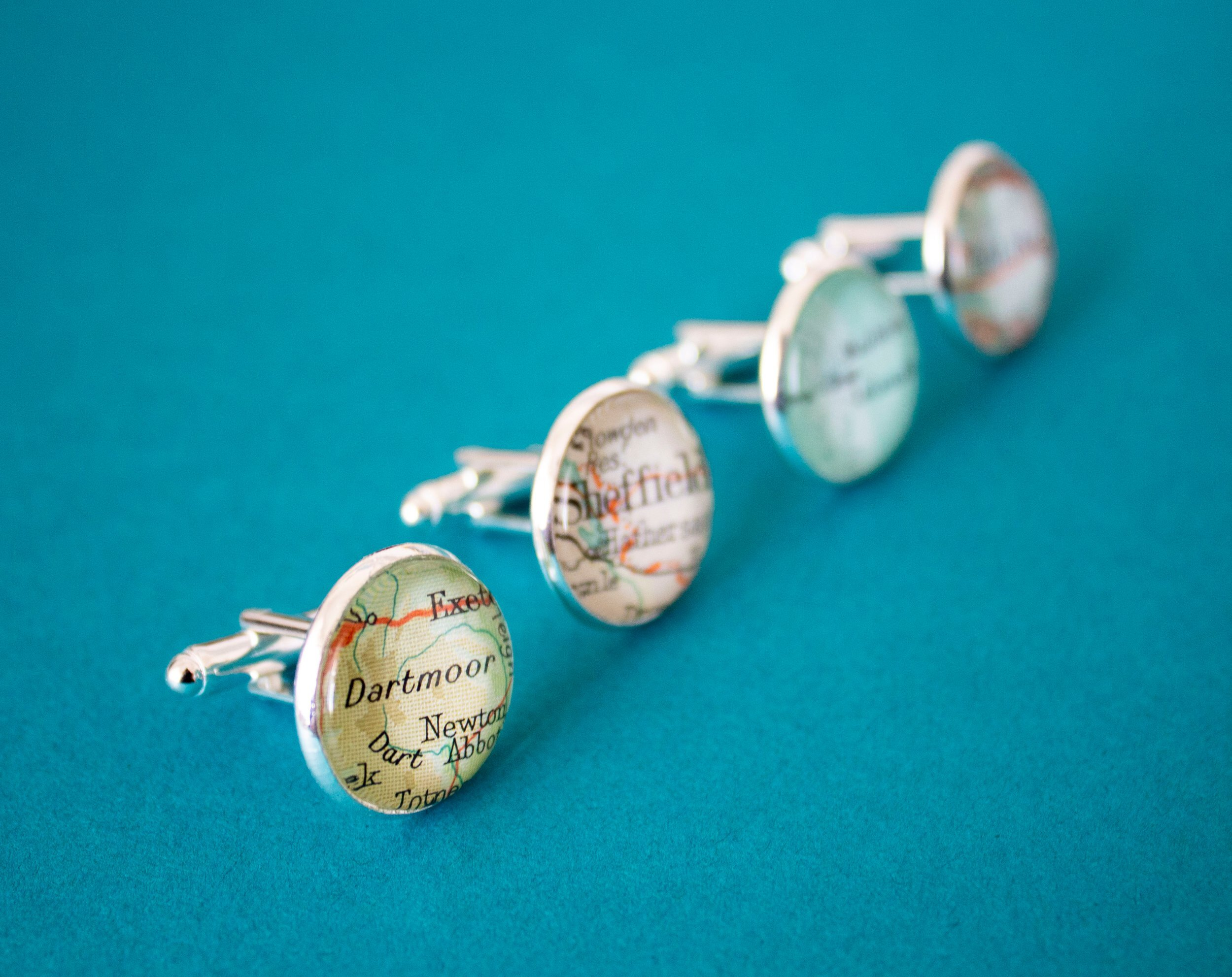 The Token Hunter Travel Charms and Souvenirs Wedding Favours Gifts 00004.JPG