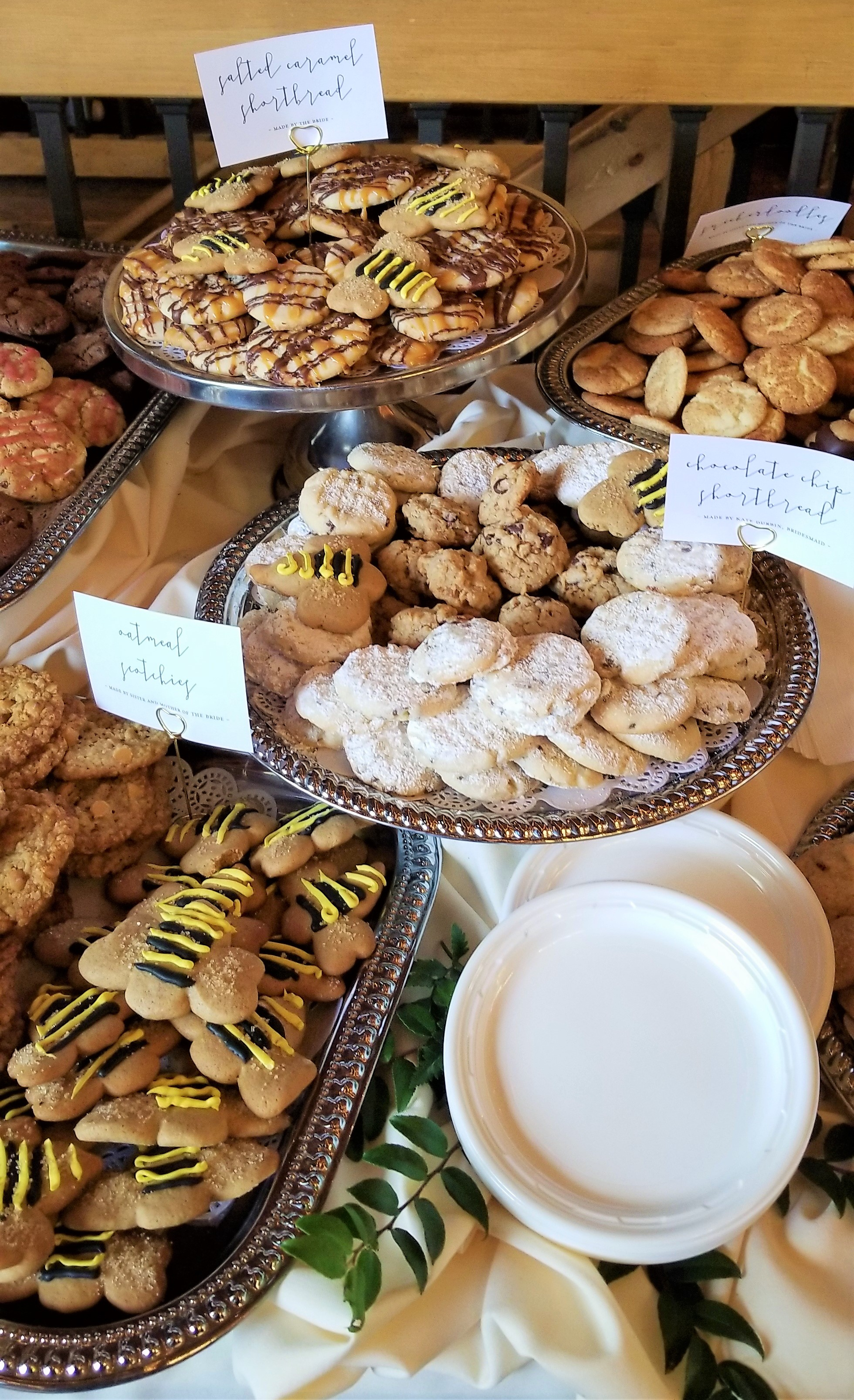 Salted Caramel Shortbread, Snickerdoodles, Chocolate Chip Shortbread, Oatmeal Scotchies, Spiced Bees tore up the cookie runway!