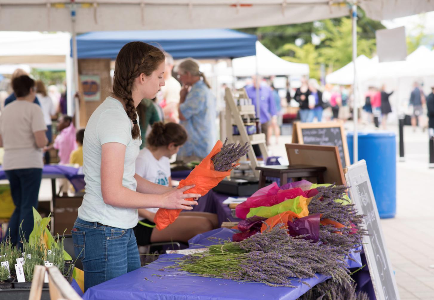 Arts & Crafts Vendor -