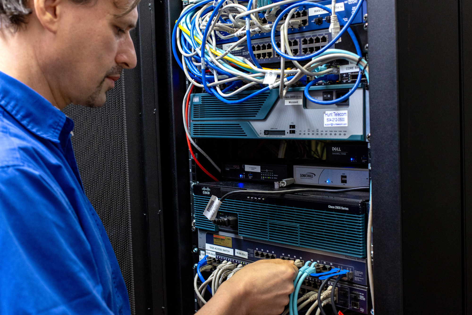 Microland-Computer-Center-IT-Support-Technology-Services-and-Supplies-Louisana-Texas-Servers-Computer-Repair-and-Backup.jpg