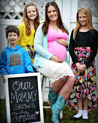 surrogate-for-gay-couple-family-w.jpg