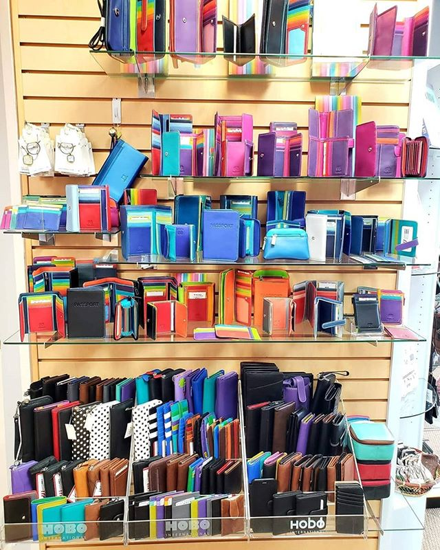 Need a new wallet? We've got walls of choices! #mywalit  #ilinewyork
